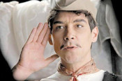 Cantinflas--450x300