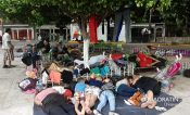 Caravana de cubanos y centroamericanos descansan en Huehuetán