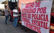 Protesta AMOTAC por cobro de peaje en casetas de la entidad